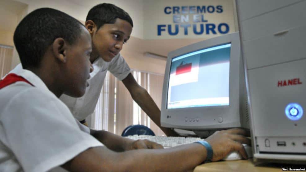 Cuba: El paradigma del software libre en un territorio cercado